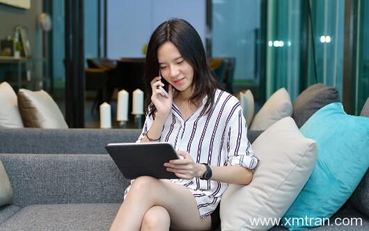 女孩子学翻译好就业吗?以后女翻译一般工资多少?