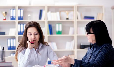 专业合同翻译收费标准是怎样计算的?该注意哪些不吃亏?